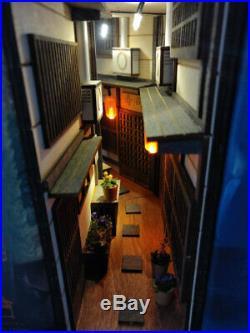 Old town Japan miniature diorama bookend booknook shelf insert