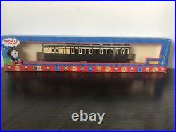 R9201 Hornby Thomas & Friends OLD SLOW COACH OO Gauge Suit Bachmann HO Scale