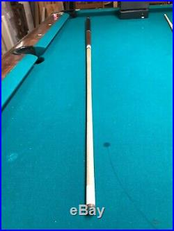 Used Meucci/Huebler pool cue. Used but not abused! Old vintage collectible